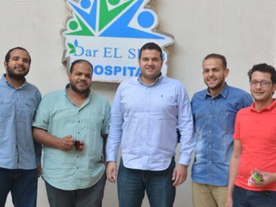 الفرق الطبية في مستشفى دار الشفاء